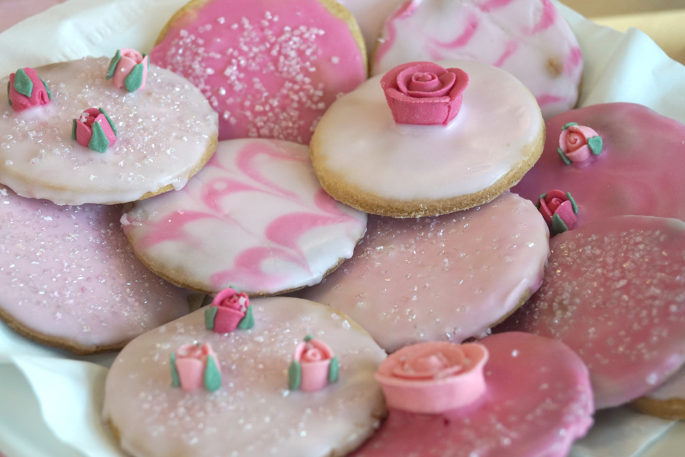 18oct_2019_wear_it_pink_biscuits_1000