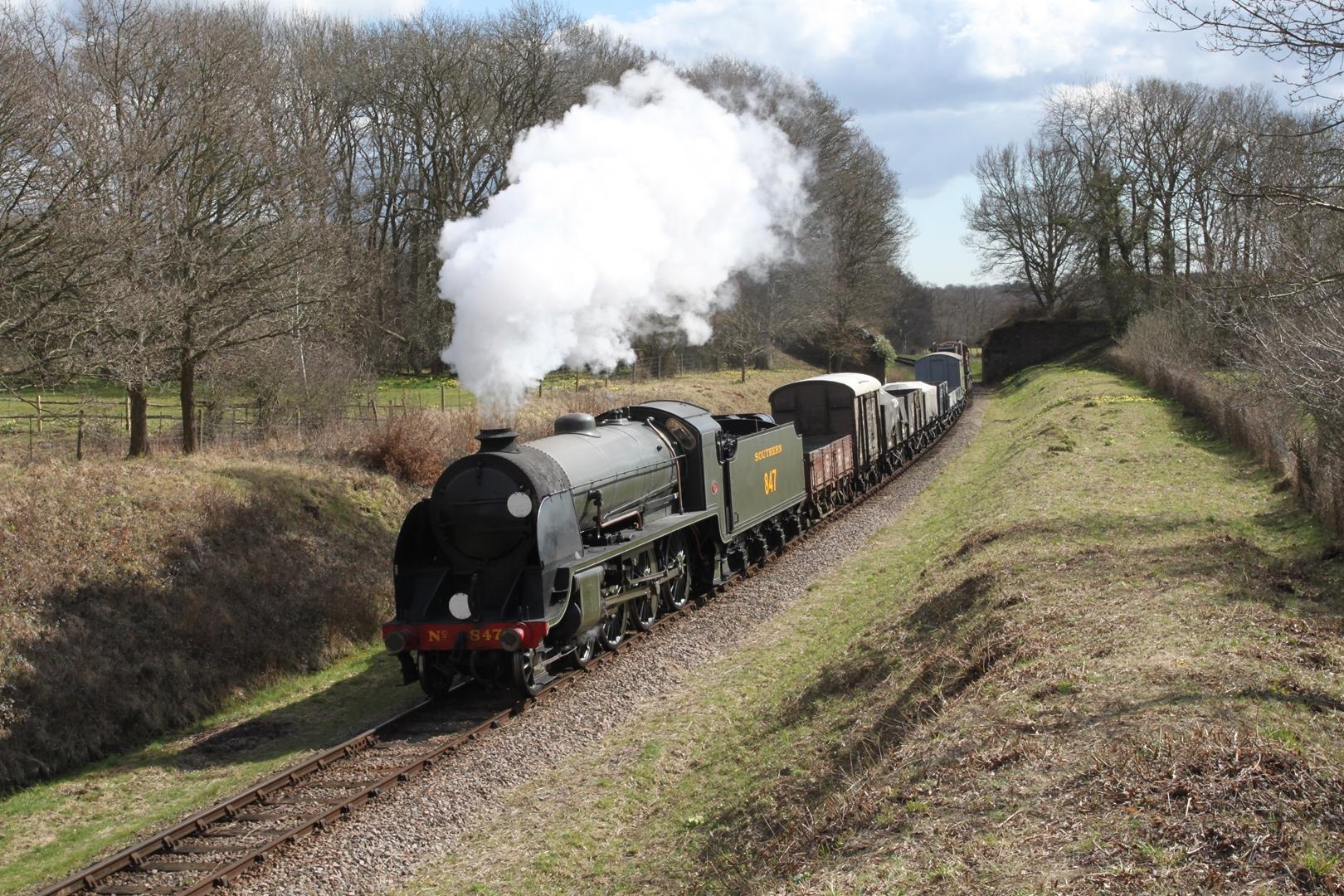 bluebell_railway_publicity_photo_credit_andrew_strongitharm_1620